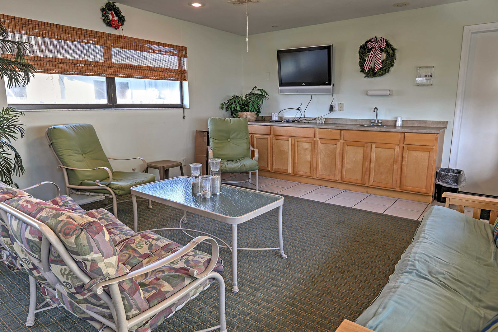 Large family suites in Melbourne Florida