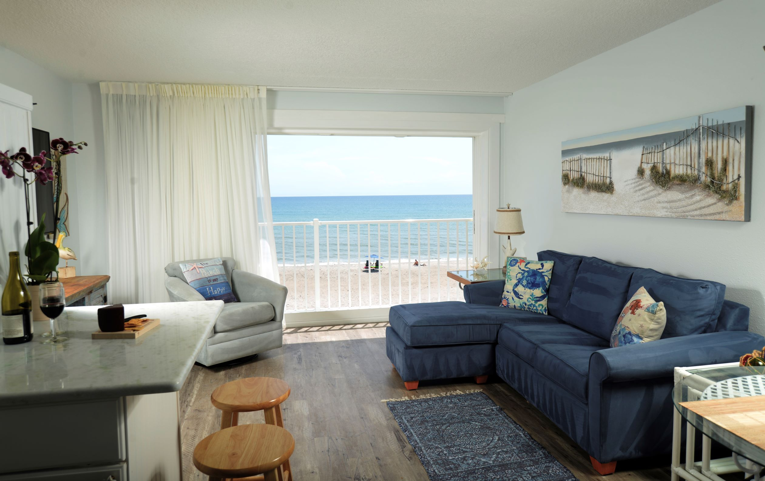 3rd floor Ocean View King Suite