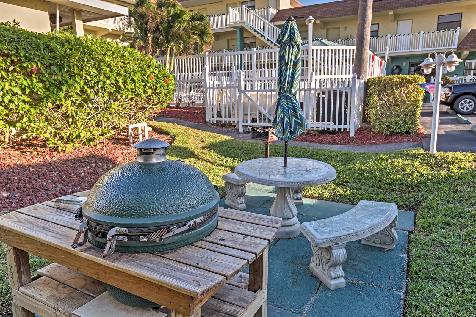 Barbecue pit for grilling during your family vacation in Melbourne Beach